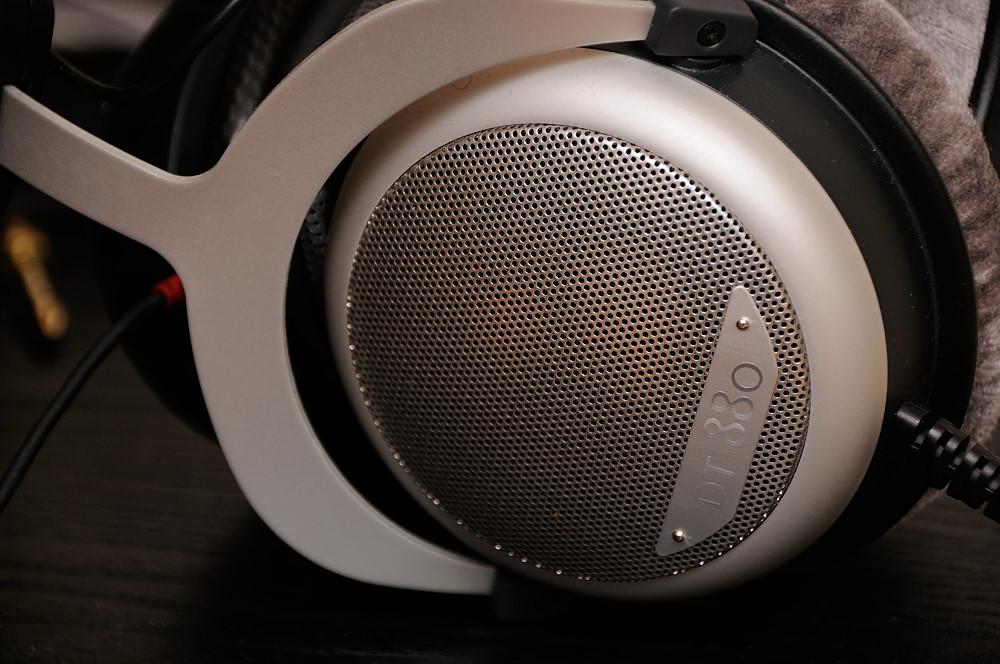anTiTon enFase hybrid headphone amplifier  DT880